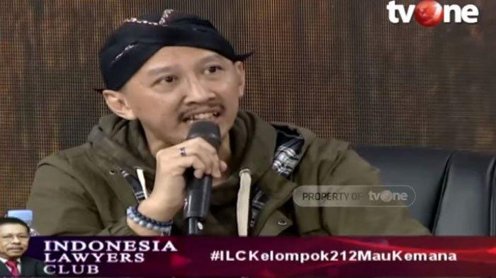 Abu Janda Sebut Netizen 212 Paling Sakit Hati, Ikut Bela Prabowo Pasca Pertemuan dengan Jokowi