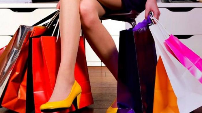 Cocok Untuk Para Wanita, Ini 4 Tips Menahan Dorongan Belanja Impulsif