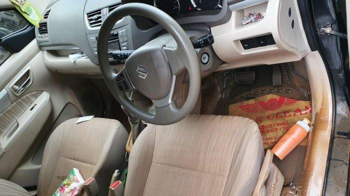 Perhatikan, Ini Cara Tepat Bersihkan Jok Mobil yang Terendam Banjir