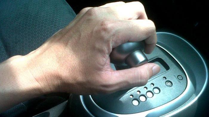 Begini Cara Mudah Mengecek Kerusakan Pada Mobil Matik Bekas