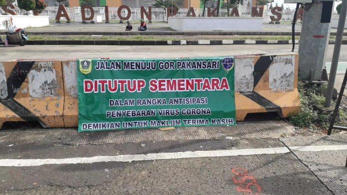 Ilustrasi penutupan ruas jalan di kawasan Pakansari, Cibinong, Kabupaten Bogor.