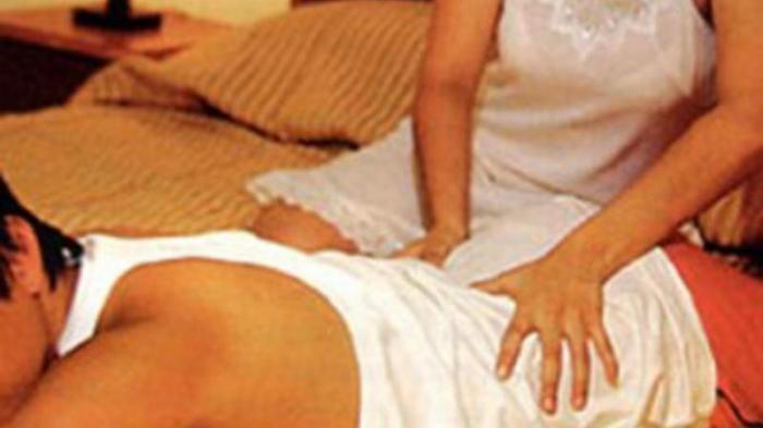 Terapis Pijat Panggilan Diperdaya 3 Pemuda Hingga Pingsan di Ranjang, Tarif 90 Menit Rp 250 Ribu
