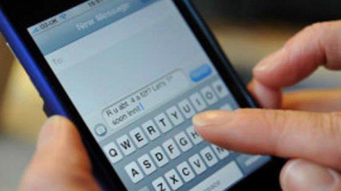Dikalahkan WhatsApp, SMS dan Telepon Diperkirakan Punah Tahun 2022