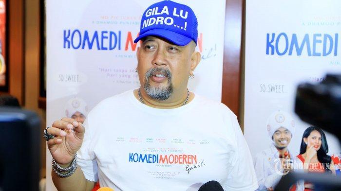 Pemain sinetron Indro Warkop saat ditemui pada acara meat & Greet film terbarunya yang berjudul Komedi Moderen di Cinema 21 Blok M Square, Jakarta Selatan, Kamis (17/9/2015). (Tribunnews/Jeprima)