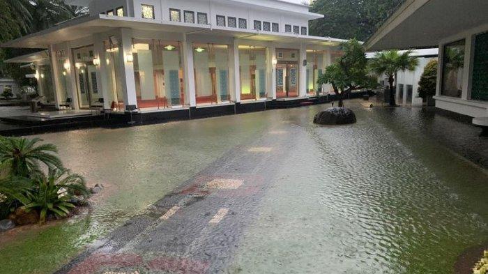 Jakarta Banjir, Kompleks Istana Kepresidenan Sempat Tergenang Air