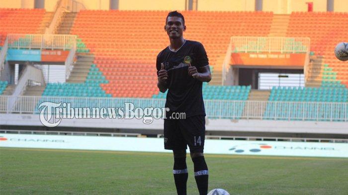 PS Tira Persikabo Pinjamkan Izmy Yaman Hatuwe Ke Persela Lamongan