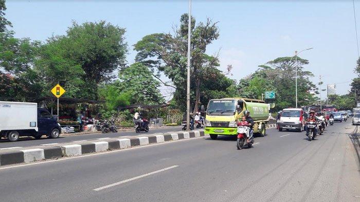 Info Lalu Lintas : Jelang Siang Ini Jalan Raya Jakarta-Bogor Lancar
