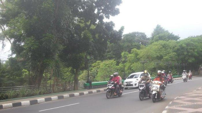 Lalu Lintas di Jembatan Sempur dari Arah Balaikota Bogor Ramai Lancar