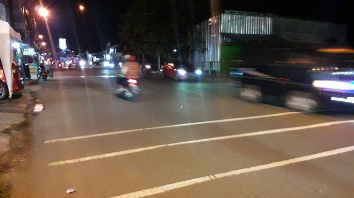 Info Lalu Lintas Senin Malam: Jalan Raya Sukahati Cibinong Ramai Lancar