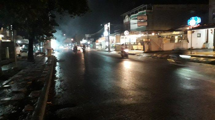 Lalu Lintas Kendaraan di Jalan Karadenan Cibinong Malam Ini Ramai Lancar