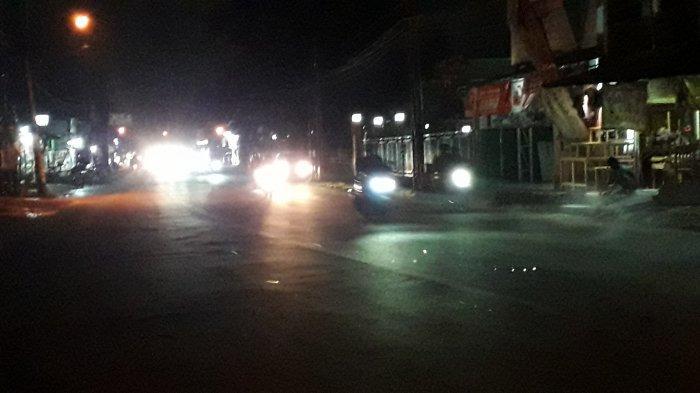 Lalu Lintas Kendaraan di Jalan Karadenan Cibinong Ramai Lancat Malam Ini