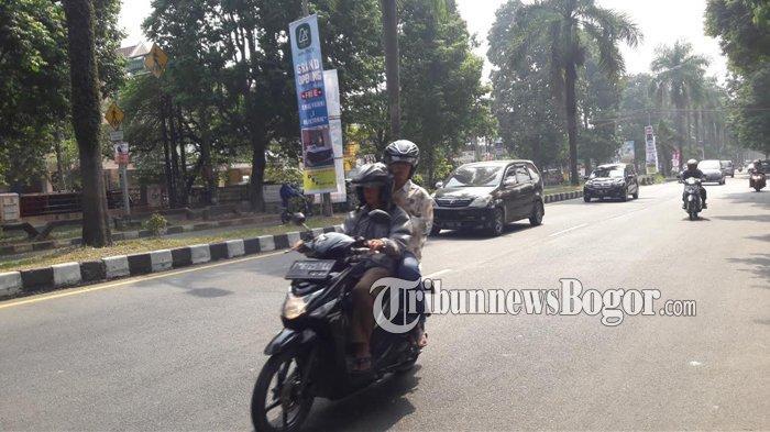 INFO LALU LINTAS - Jalan KH Abdullah bin Nun Menuju Arah Jalan Sholeh Iskandar Kota Bogor Lancar