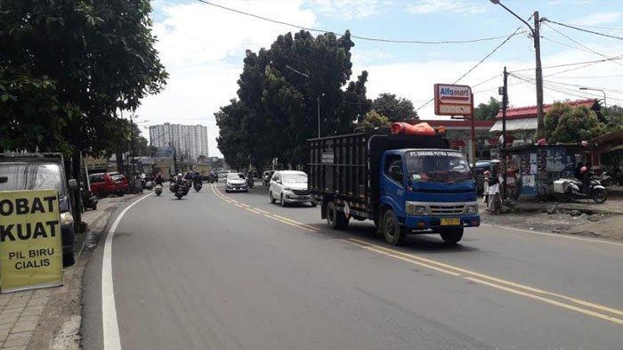 Laju Kendaraan di Jalan KS Tubun Saat Ini Terpantau Ramai Lancar di Kedua Arah