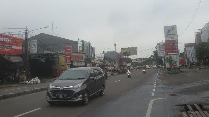 Cuaca Gerimis, Lalu Lintas Jalan KS Tubun Ramai Lancar