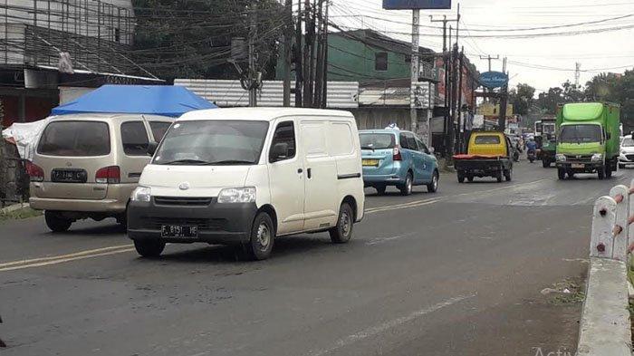 Hujan Gerimis, Lalu Lintas di Jalan KS Tubun Arah Sukaraja Ramai Lancar