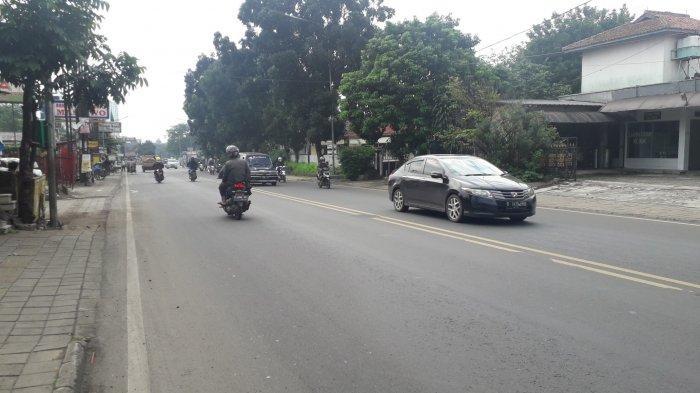 Cuaca Cerah, Arus Lalu Lintas di Jalan KS Tubun Kota Bogor Saat Ini Ramai Lancar