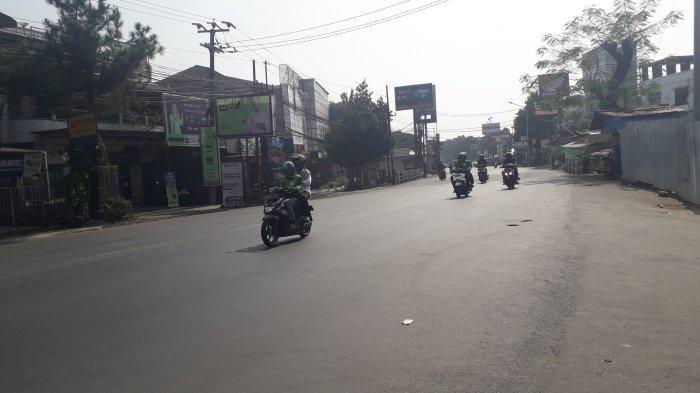 Cuaca Cerah, Akhir Pekan Ini Lalu Lintas di Jalan KS Tubun Ramai Lancar