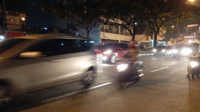 jalan-margonda-raya-depok-jawa-barat-malam-ini-ramai-lancar.jpg