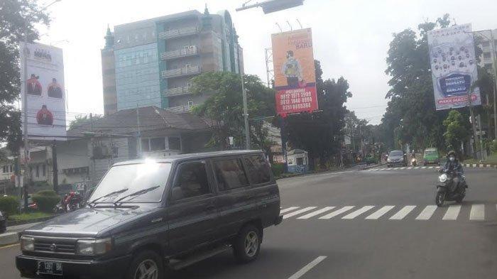 Lalu Lintas Jalan Pajajaran, Tepatnya di Simpang Jalan Salak Saat Ini Ramai Lancar