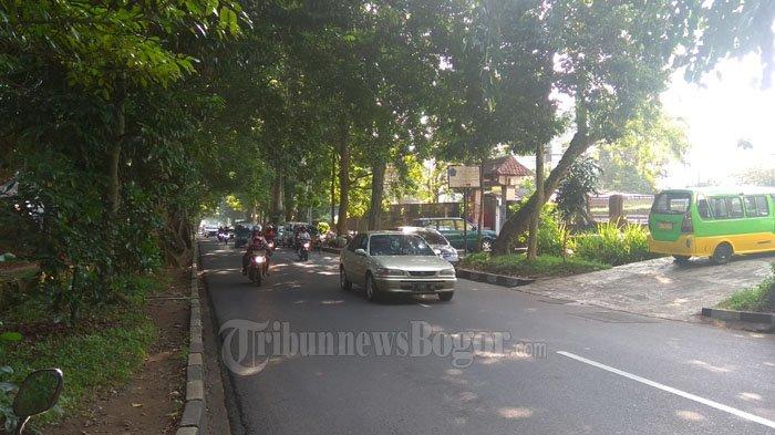 Laju Kendaraan di Jalan Pemuda Saat Ini Ramai Lancar