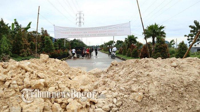 Jalan R3 Diblokade Pemilik Lahan yang Tuntut Ganti Rugi, Pemkot Bogor Baru Bisa Minta Maaf