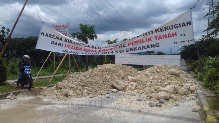 Empat Hari Lebih Jalan R3 Ditutup Warga, Pemkot Bogor Tidak Berkutik
