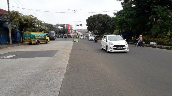 INFO LALU LINTAS - Cuaca Cerah, Jalan Raya Jakarta-Bogor Siang Ini Ramai Lancar