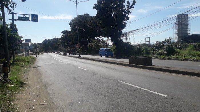 Laju Kendaraan di Jalan Raya Jakarta-Bogor Kawasan Sukaraja Saat Ini Terpantau Ramai Lancar