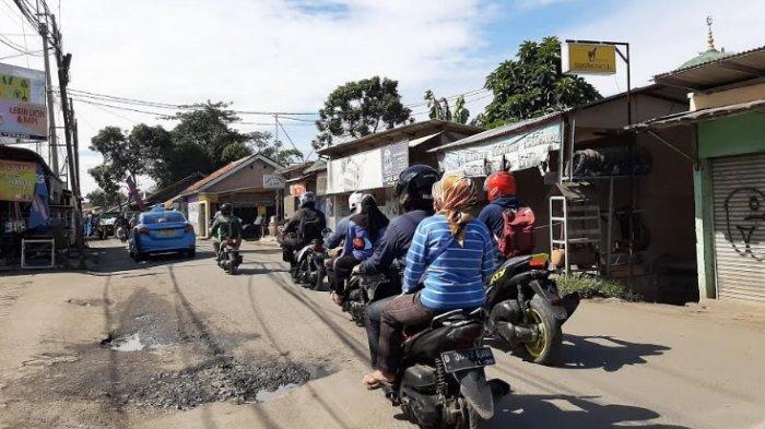 Pagi Ini Jalan Raya Pabuaran Bojonggede Terpantau Ramai Lancar