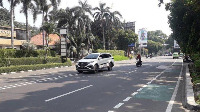 Cuaca Cerah, Lalu Lintas di Jalan Raya Pajajaran Kota Bogor Saat Ini Ramai Lancar