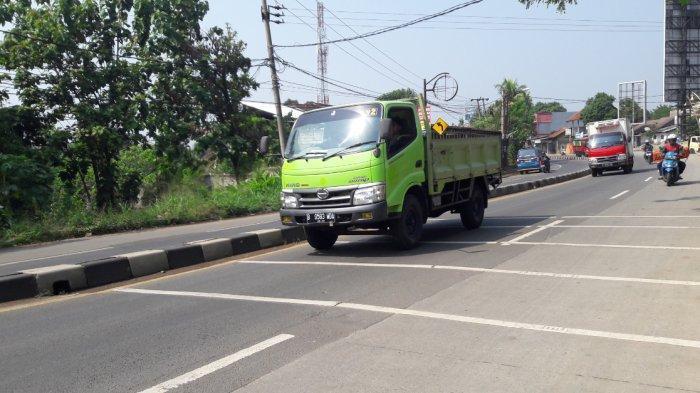 INFO LALU LINTAS : Pagi Ini Arus Kendaraan di Jalan Raya Parung Lancar