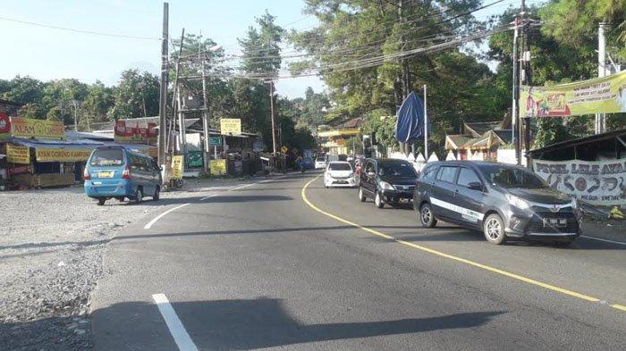 Lalu Lintas di Jalan Raya Puncak Kawasan Megamendung Bogor Pagi Ini Ramai Lancar