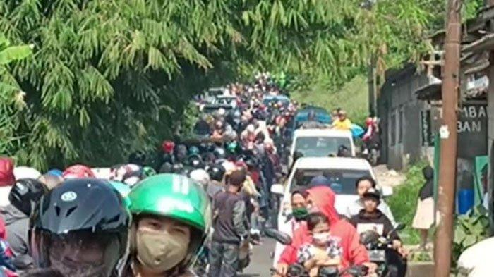 H+3 Lebaran, Jalan Raya Ciampea Bogor Macet Total