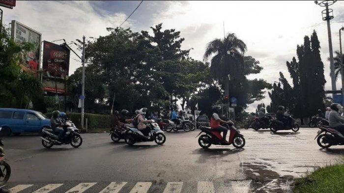 Pagi Ini Simpang PDAM Cibinong Bogor Ramai Lancar