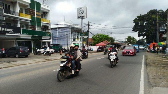 Laju Kendaraan ke Arah Ciawi Lancar di Jalan Raya Tajur Bogor