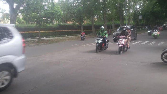 Lalu Lintas di Jalan Semeru Simpang Gang Kelor Arah Cilendek Saat Ini Lancar