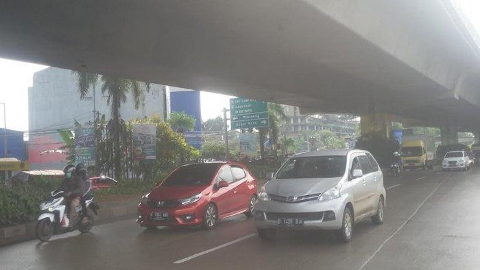 Lalu Lintas Jalan Sholeh Iskandar Kota Bogor Pagi Ini Ramai, Laju Kendaraan Arah Tol BORR Melambat