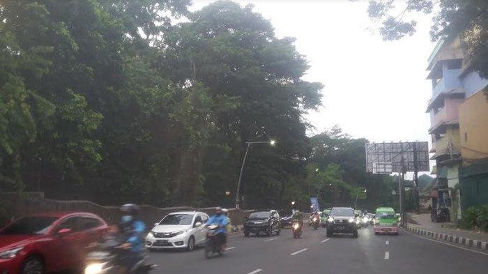 Cuaca Mendung, Wilayah Pusat Kota Mulai Turun Rintik Hujan