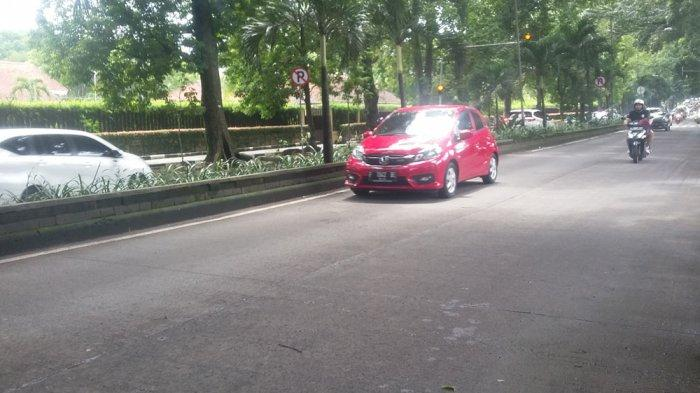 INFO LALU LINTAS - Akhir Pekan Jalan Sumeru Kota Bogor Ramai Lancar, Pengendara Diimbau Hati-hati