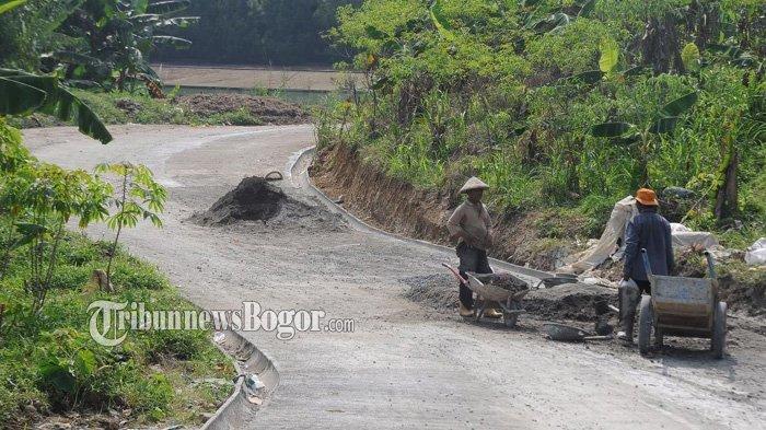 Warga Kekeuh Jalan Diperlebar dan Pembatas Jalan Dibuka, Sentul City : Itu Tanah Kami