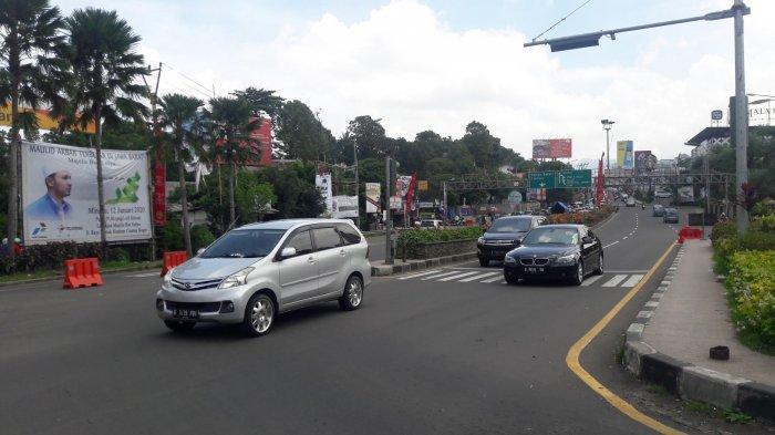 INFO LALU LINTAS - Jalur Puncak Bogor H-2 Tahun Baru Ramai Lancar