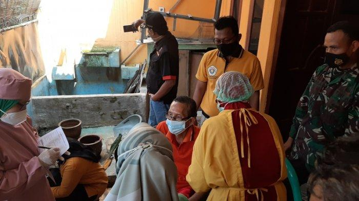 Aksi Jemput Bola Petugas di Desa Ragajaya Bogor, Suntik Vaksin 50 Penyandang Disabilitas