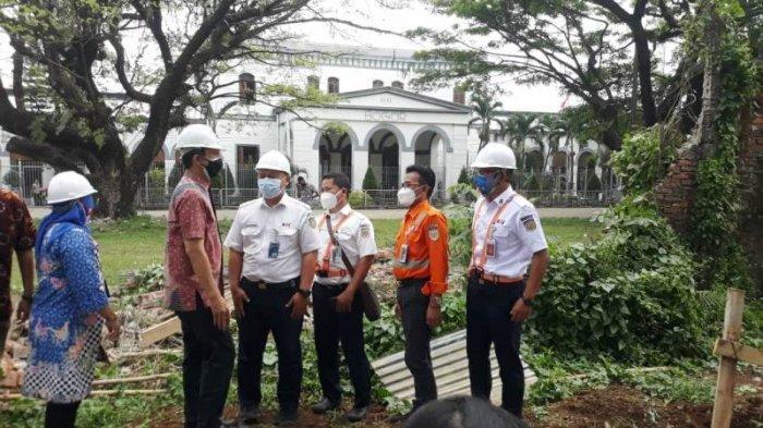 Integrasikan Aset Pemkot Bogor dengan PT KAI, Tembok Pembatas Alun-alun Dijebol