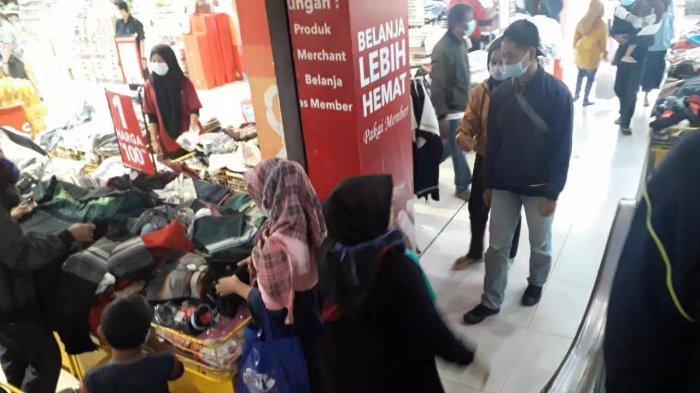 Suasana Ramayana Kota Bogor Jelang Lebaran 2021, Pengunjung Serbu Diskon Besar-besaran