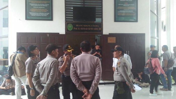 98 Personel Polisi Kawal Sidang Putusan Ahmad Dhani