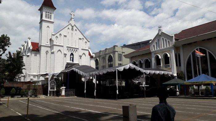 Gereja di Makasar di Teror Bom, Jemaat Gereja Katedral Kota Bogor Tetap Beribadah Normal