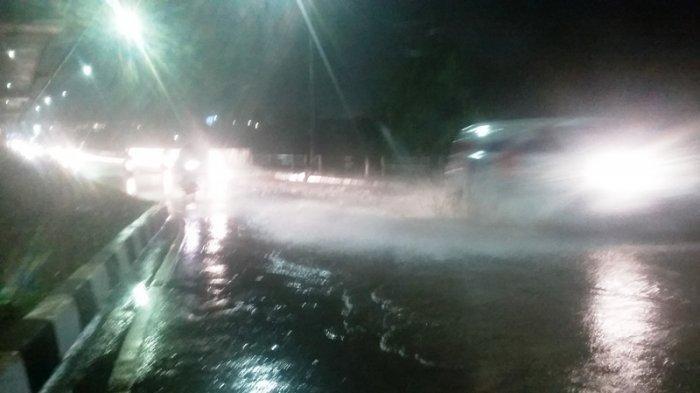 Diguyur Hujan Deras, Jembatan Jalan Sholeh Iskandar Bogor Digenangi Air