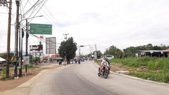 Pagi Ini Simpang Jalan Raya Bambu Kuning Bojonggede Terpantau Lancar