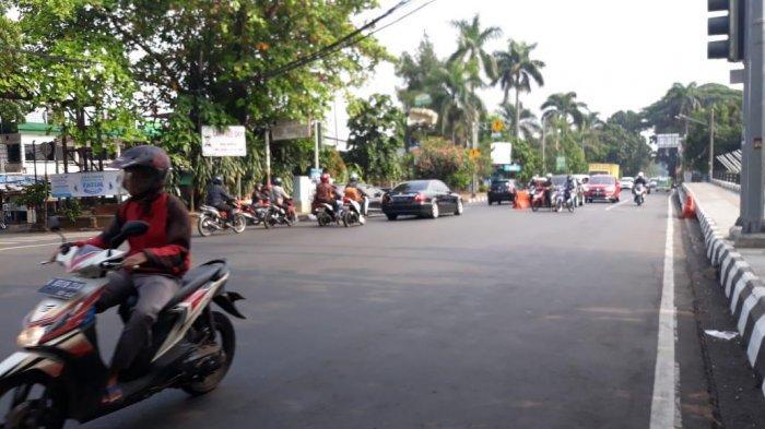 Jumat Pagi, Laju Kendaraan di Jalan Jenderal Sudirman Ramai Lancar