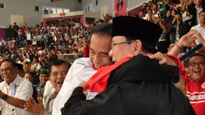 Jokowi dan Prabowo Pelukan Saat Nonton Final Asian Games 2018, Begini Ekspresi Megawati
